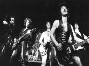 The Golden Age of Leather: Η ιστορία των BLUE ÖYSTER CULT